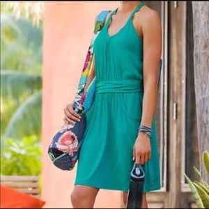 Athleta Sweeper Dress with Pockets